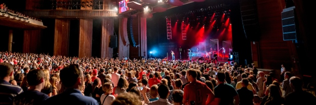 Crowd watches Fitz and the Tantrums at Wolf Trap